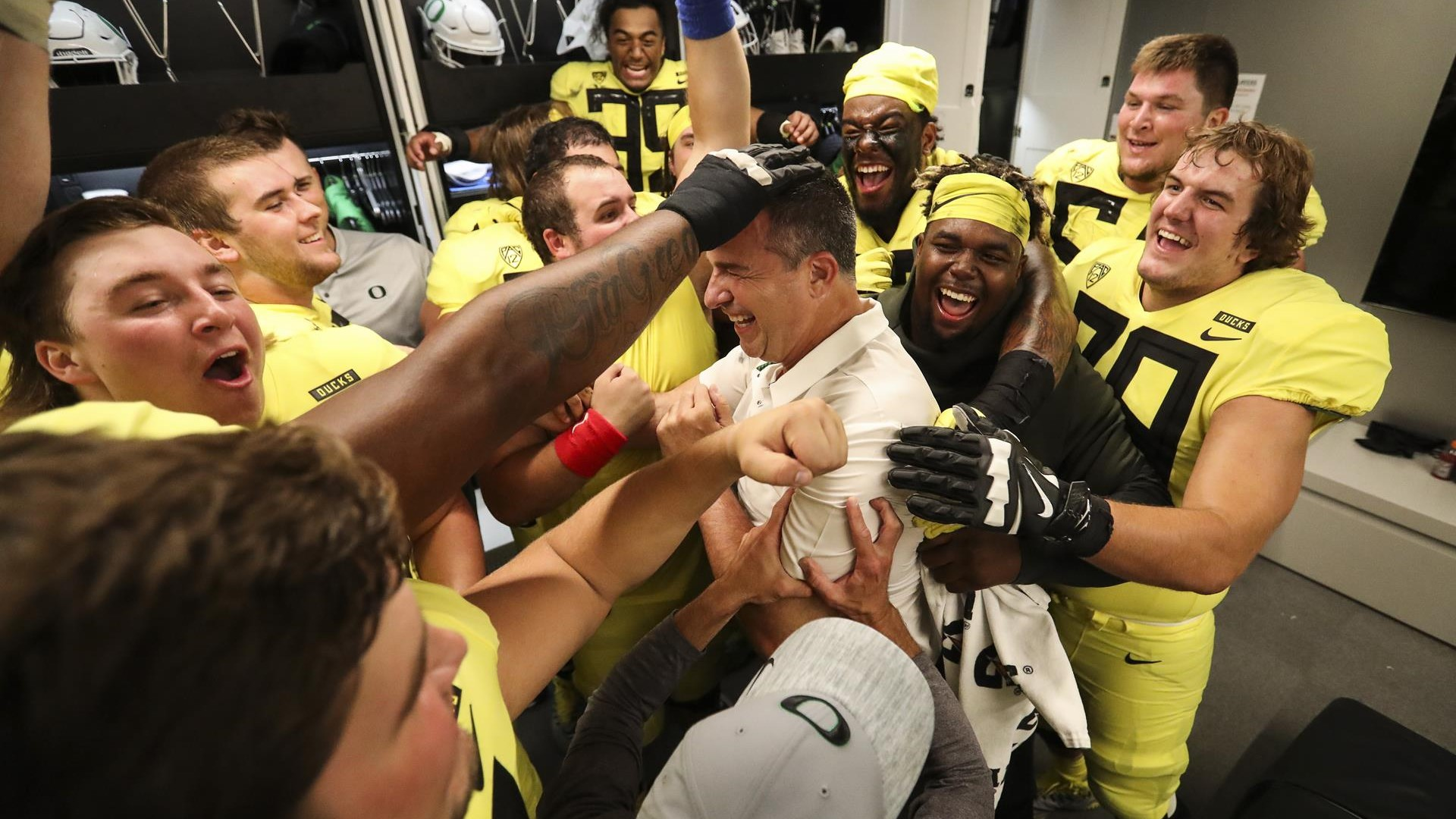 2018 Football Early Signing Period Oregon Takes Recruiting Crown