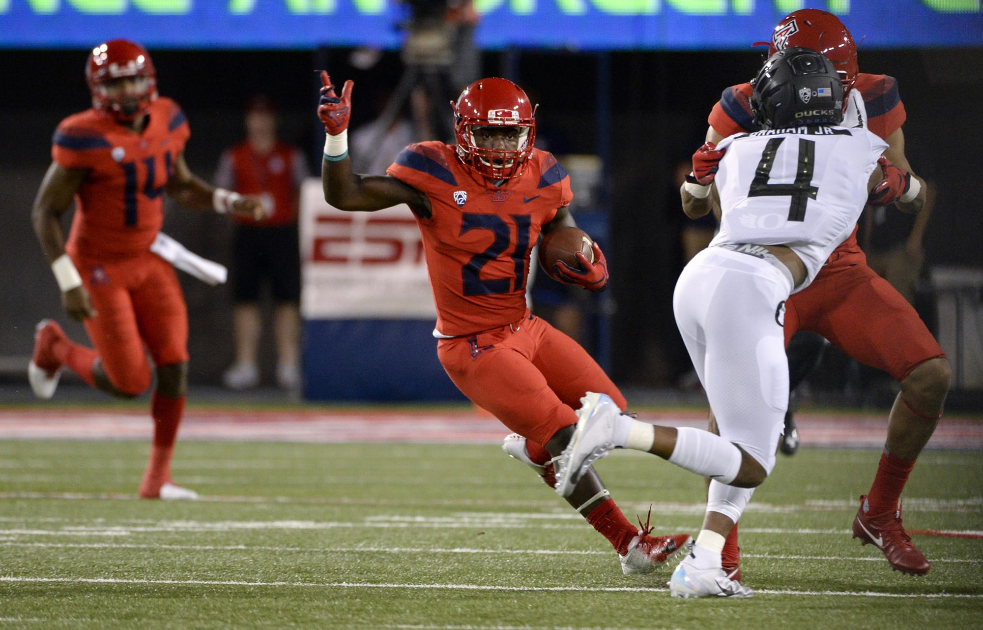 Uofa Football Score >> Oregon Ducks Vs Arizona Wildcats Football October 27 2018
