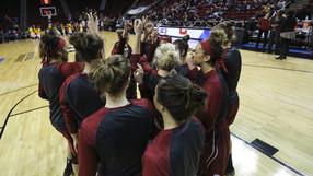 Washington State team huddle
