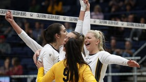 Cal_Volleyball_CAL_VOL_20191018_2120252008_ADS.JPG