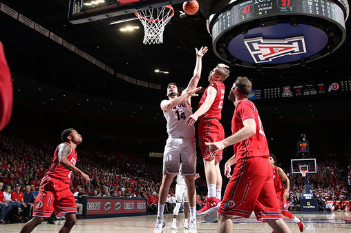 Gonzaga vs Arizona Wildcats Men's Basketball - December 6, 2014 - Pac-12 | Pac-12