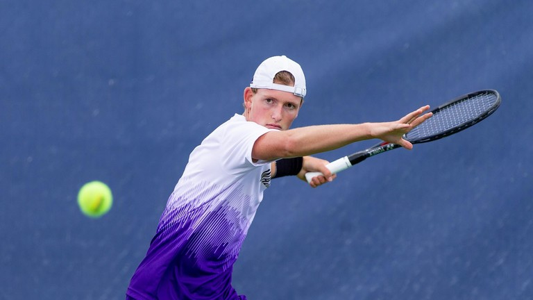 uw_mten_team_photo_2019_20_167.JPG
