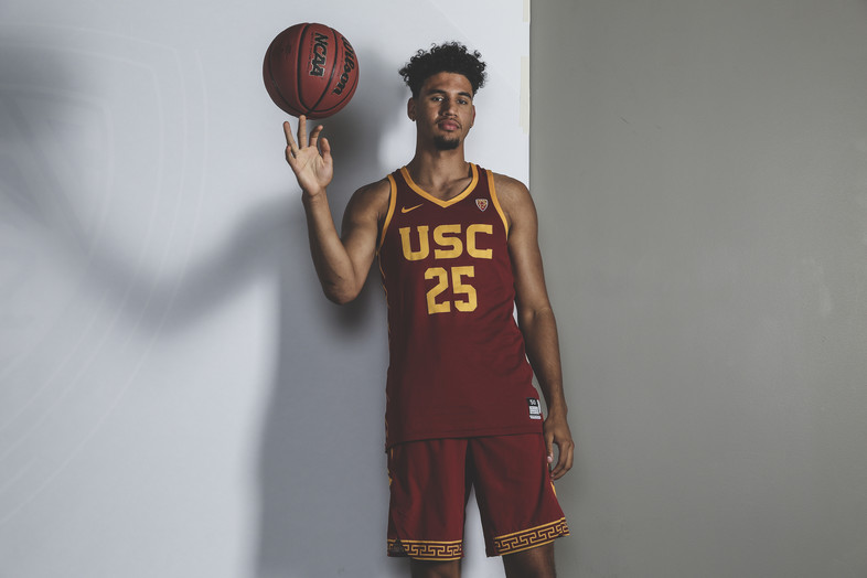 2017 Pac-12 Men's Basketball Media Day: Spotlight shines on coaches and players in San Francisco
