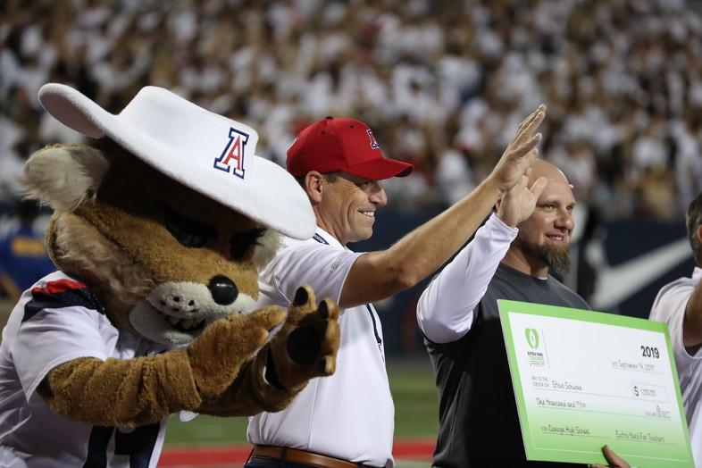 Arizona celebrates Extra Yard for Teachers