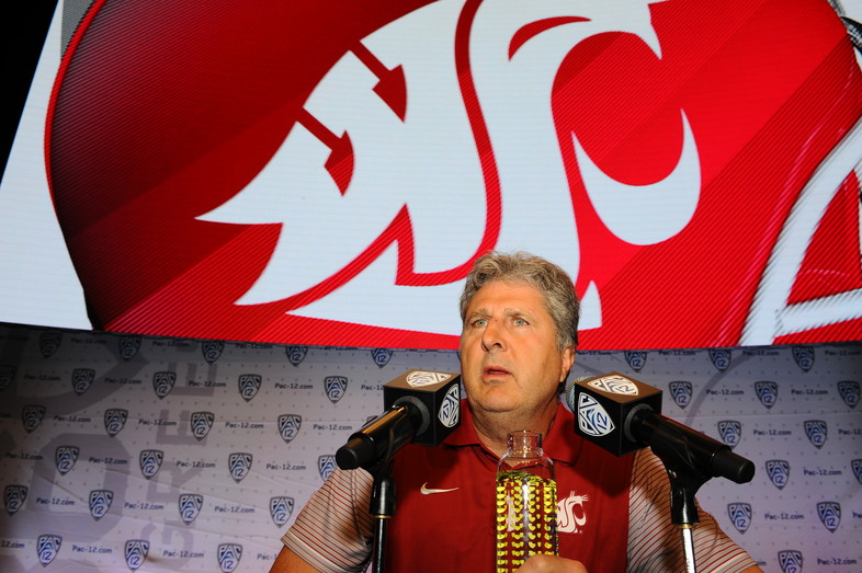 Washington State head coach Mike Leach had the media in stitches at his Media Day press conference.