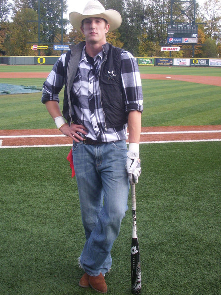 <p>The Ducks' Andrew Mendenhall doubles as a sheriff off the field.</p>