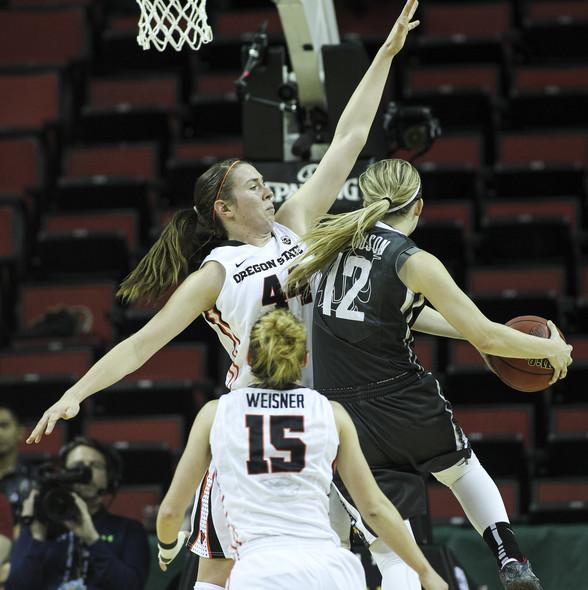 Photos: 2014 Pac-12 Women's Basketball Tournament semifinals