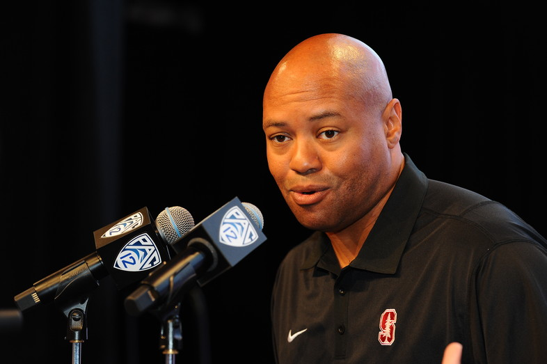 Stanford head coach David Shaw discusses his team's No. 1  pre-season ranking with reporters.
