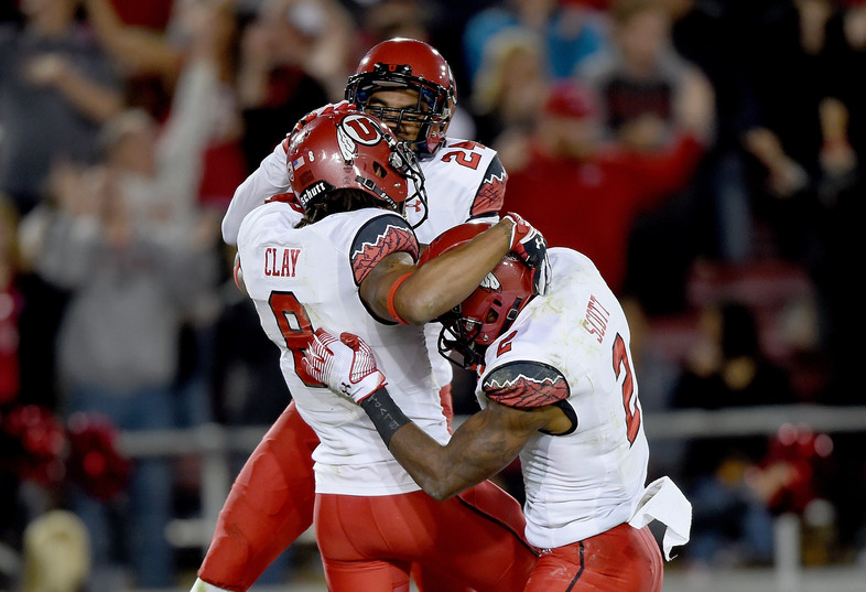 "<ul><li>Utah's <a href=""http://pac-12.com/utah-football-stanford-kenneth-scott"">Travis Wilson found Kenneth Scott in the second overtime</a> to end the Utes' two-game skid</li> <li><a href=""http://pac-12.com/videos/utah-footballs-travis-wilson-after-utes-sneak-stanford-double-overtime"">Wilson completed 75 percent of his passes</a> for 177 yards and two touchdowns, both of which came in overtime</li> <li>The Utah QB passed Jordan Wynn for seventh place all-time in career passing yards, now with 4,696</li> </ul>"