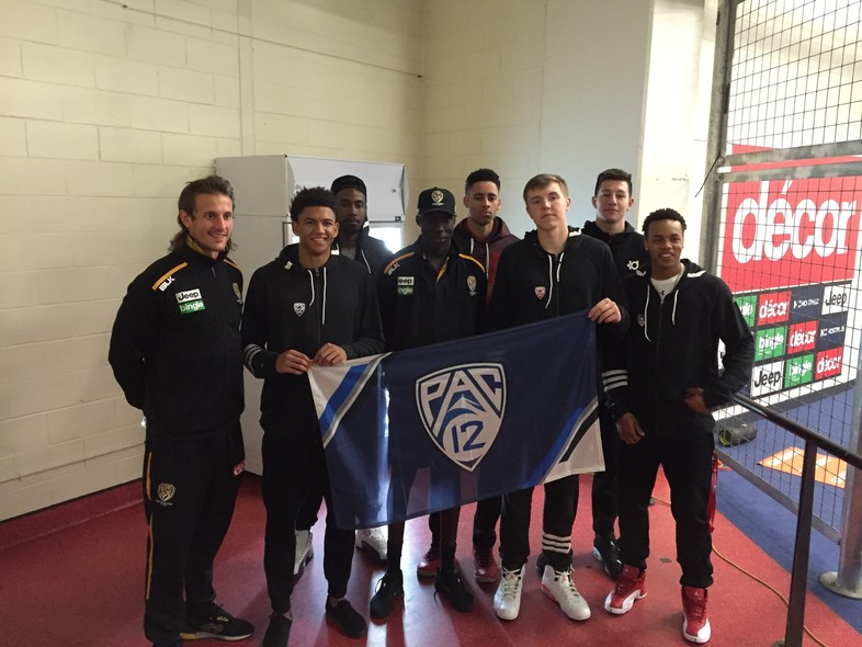 2016 Pac-12 men's basketball All-Stars enjoy Australia