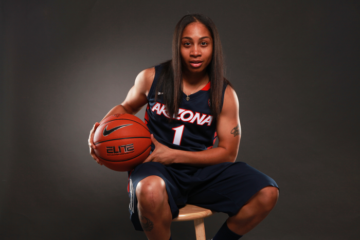 <p>Arizona guard Candice Warthen</p>