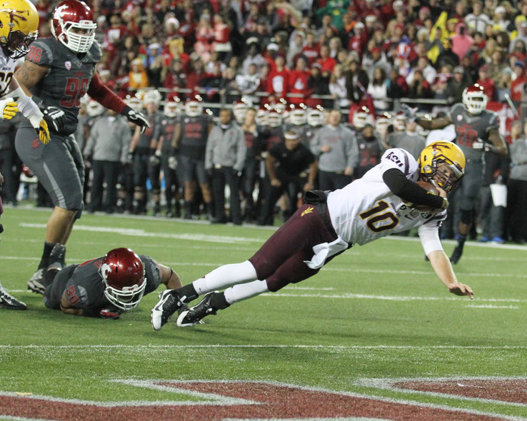 "<p>Taylor Kelly accounted for seven touchdowns <a href=""http://pac-12.com/videos/highlights-arizona-state-football-rolls-past-washington-state"" target=""_blank"">to lead the Sun Devils to victory</a> on a crisp night in the Palouse. Arizona State has won its first road game of 2013 as it <a href=""http://pac-12.com/event/2013/11/09/arizona-state-utah"" target=""_blank"">moves on to play at Utah</a> next week. Washington State has a bye.</p>"