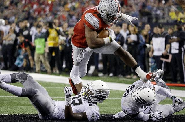 <p>Elliott with another TD run for Ohio State.</p>