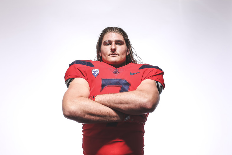Arizona LB Colin Schooler
