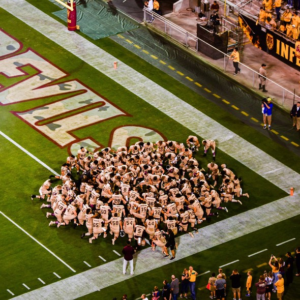 <p>ASU gathers together wearing the 'Brotherhood' uniforms in honor of Pat Tillman.</p>
