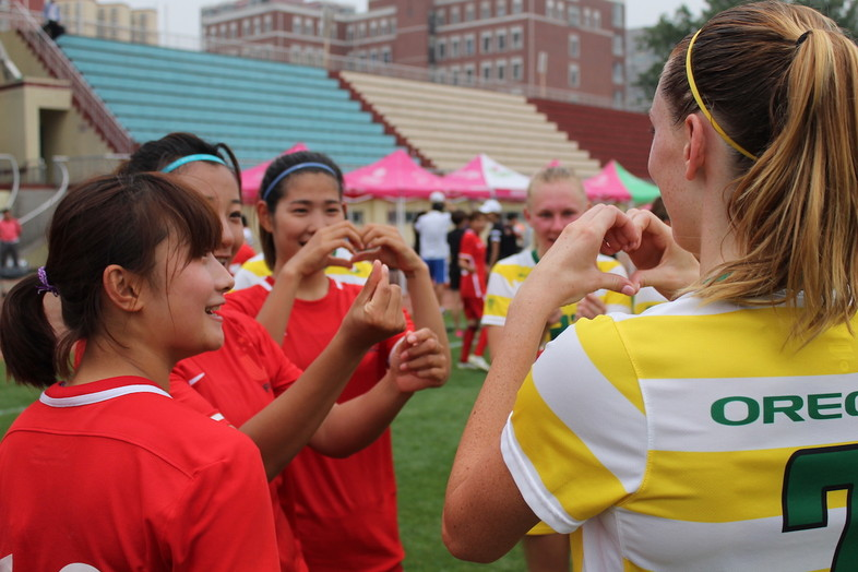 Photos: 2017 Oregon women's soccer tours China