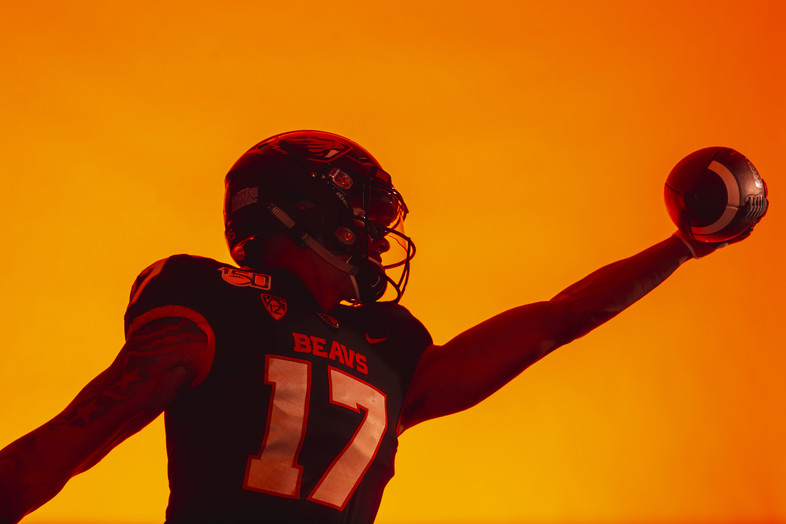 2019 Pac-12 Football Media Day: Student-athletes strike silhouette poses in Hollywood