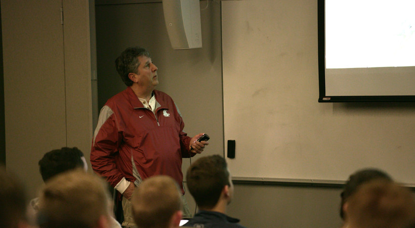 The story behind Mike Leach's one-of-a-kind classroom curriculum at Washington State