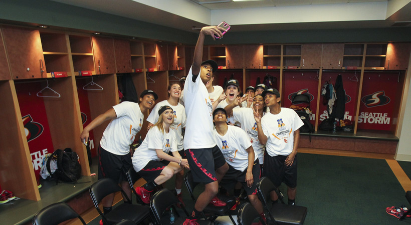 Photos: USC celebrates 2014 Pac-12 Women's Basketball Tournament Championship win