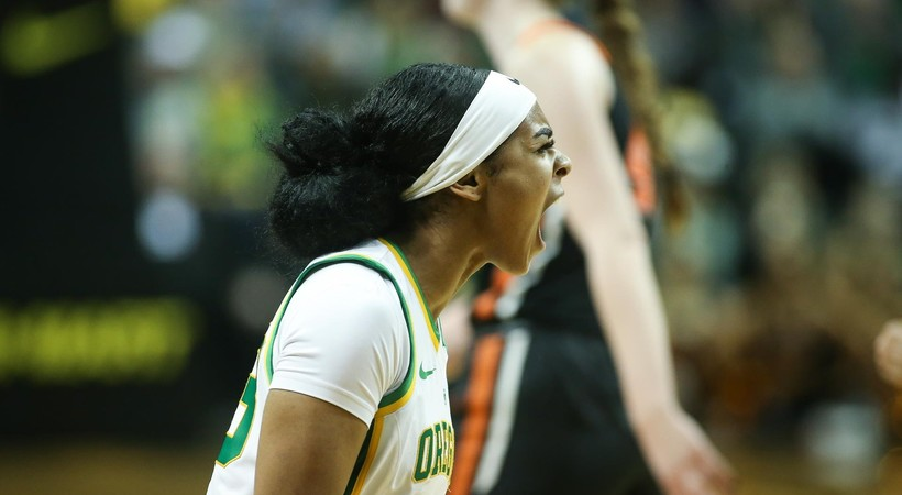 No. 3 Oregon leads six ranked Pac-12 women's basketball teams (@AP_Top25/Twitter)