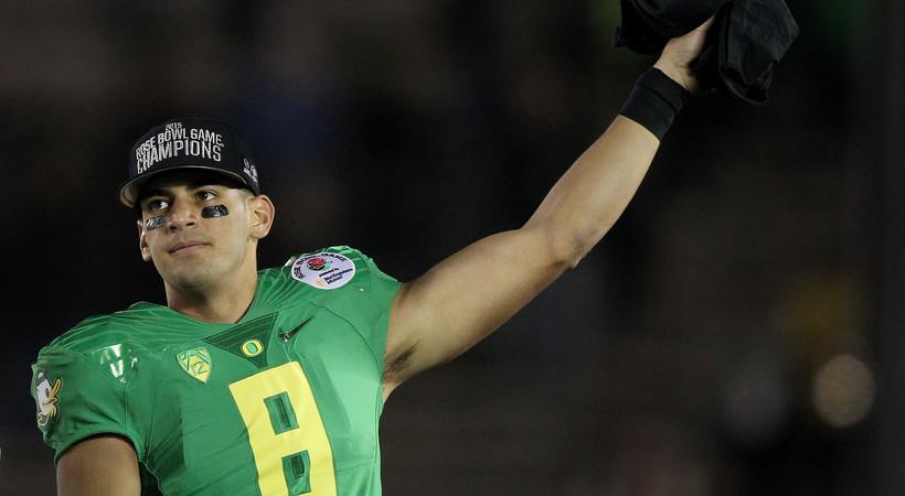 Quack attack: Ducks gash Seminoles in record-setting Rose Bowl win