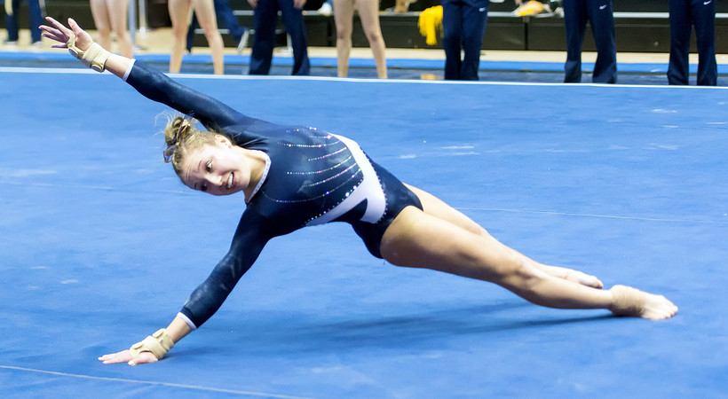2017 Pac 12 Women S Gymnastics California S Charlie Owens