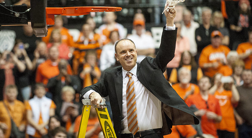 Oregon State picked by coaches to win Pac-12 in 2015-16