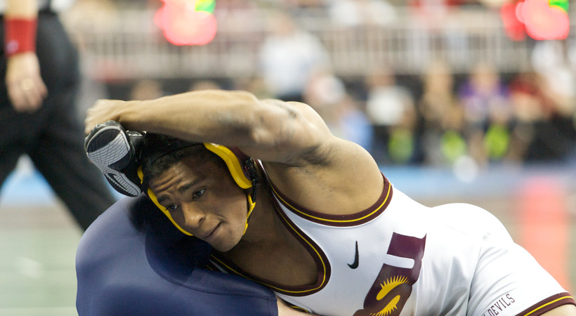Anthony Robles joins Pac-12 Networks as wrestling analyst