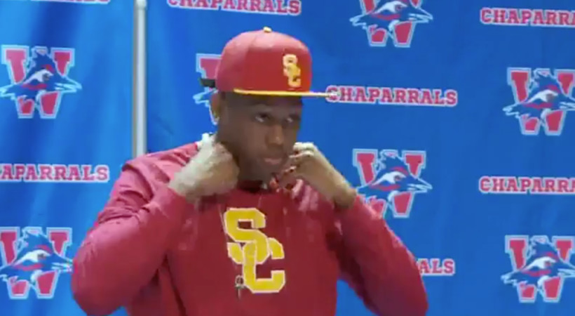 Prized LB recruit goes through 3 wardrobe changes before committing to USC