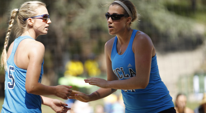 Ucla S Consani Weaver Named Pac 12 Beach Volleyball Pair Of The Week