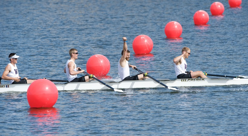 Washington men's rowing celebrates fifth-straight Pac-12 title