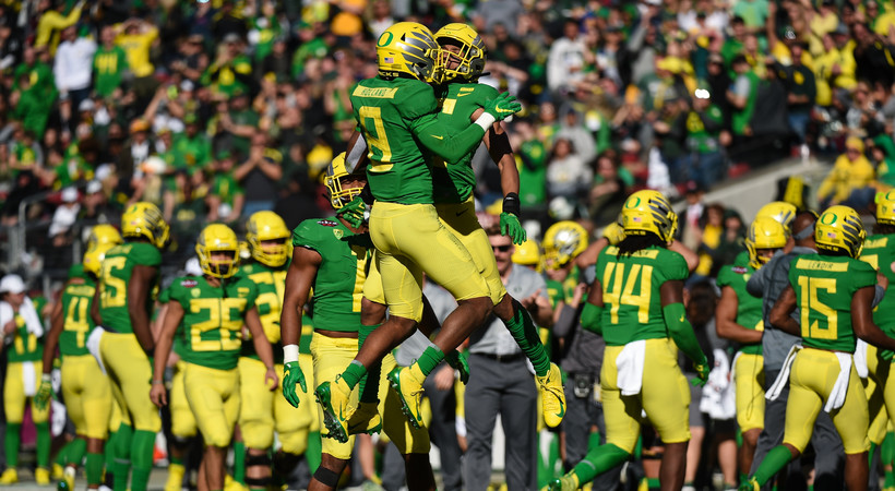 Highlights: Oregon squeaks past Michigan State in Redbox Bowl with lone touchdown from Justin Herbert