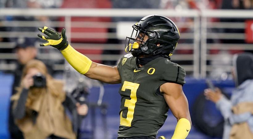 Highlights: No. 13 Oregon football knocks off No. 5 Utah and secures Rose Bowl berth
