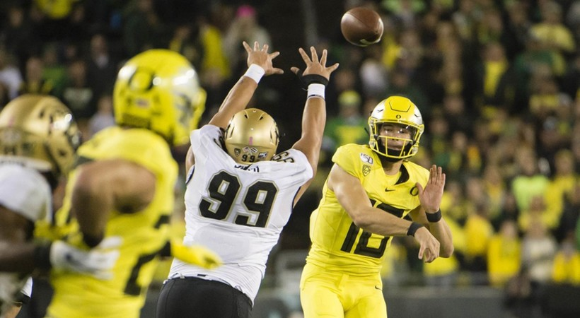Highlights: No. 13 Oregon football routs Colorado in statement victory