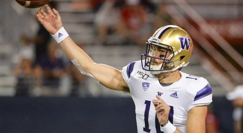 Highlights: Washington breaks out in second half, downs Arizona 51-27