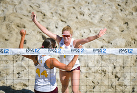 Arizona State becomes the first sixth seed to advance in the winners bracket of the Pac-12 beach volleyball championship