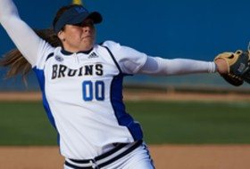 NCAA Softball Regionals: Seven Pac-12 teams advance to Saturday's winners' bracket