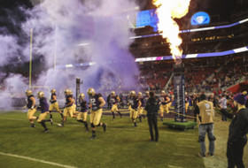 Seven Pac-12 Football Teams Headed To The Postseason; Conference Champion Washington Rose Bowl Bound