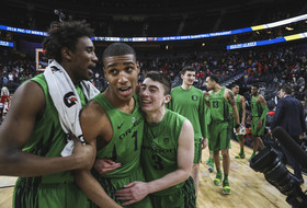 2018 Pac-12 Men's Basketball Tournament: Oregon knocks off Utah with another Kenny Wooten block