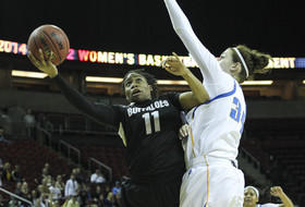 2014 Pac-12 Women's Basketball Tournament first round: Wilson sisters lead Colorado past UCLA