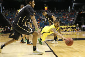 Pac-12 Tournament: Oregon outpaces Colorado in quarterfinals