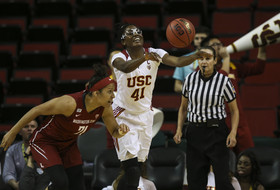 2016 Pac-12 Women's Tournament: Temi Fagbenle helps keep USC's tourney hopes alive