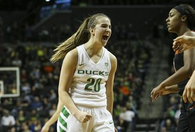 Roundup: Sabrina Ionescu named espnW national player of the week