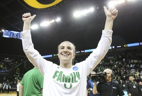 Highlights: Sabrina Ionescu earns 10th career triple-double, Oregon women's basketball routs Seattle U in NCAA Tournament