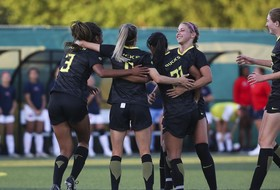 Pac-12 women's soccer holds on to top two spots in the nation