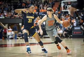 Roundup: Pac-12 Women's Basketball Tournament gets under way in Seattle