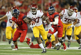 Javorius Allen's 200-yard game carries USC to win in Tucson