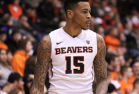 Video: Eric Moreland's blocks vital in Oregon State win over USC