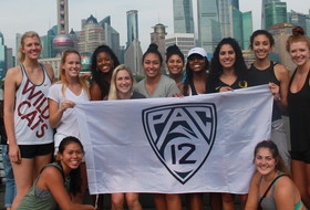 Pac-12 Volleyball All-Star Team Explores the Sights of Shanghai
