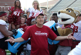 Roundup: Mike Leach loves it in Pullman